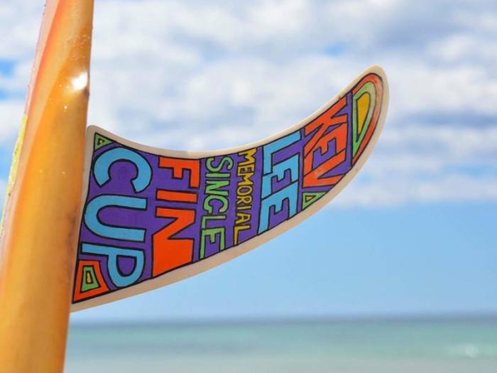 kev lee single fin surf comp sign
